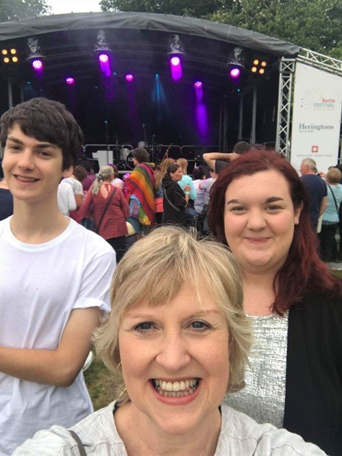 Rachel Luke & Belinda from Heringtons at Keane Concert, Battle Abbey 2018