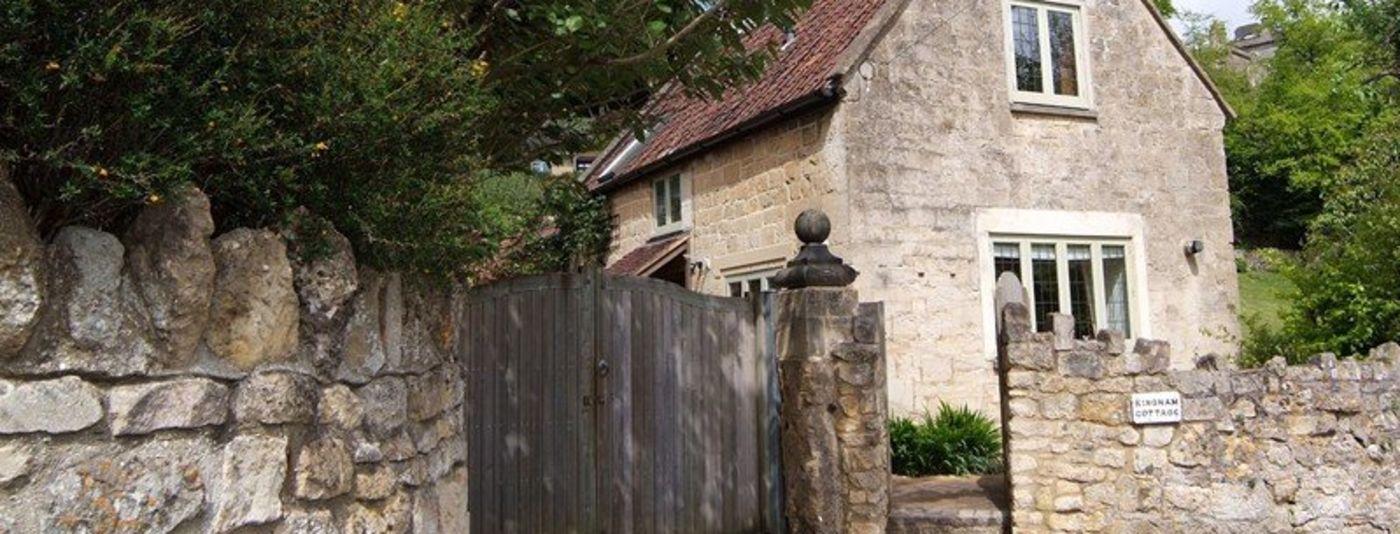 photo of kingham cottage